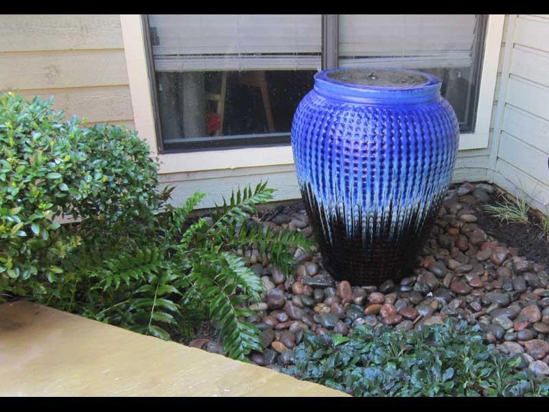 Fountain Blue Pot