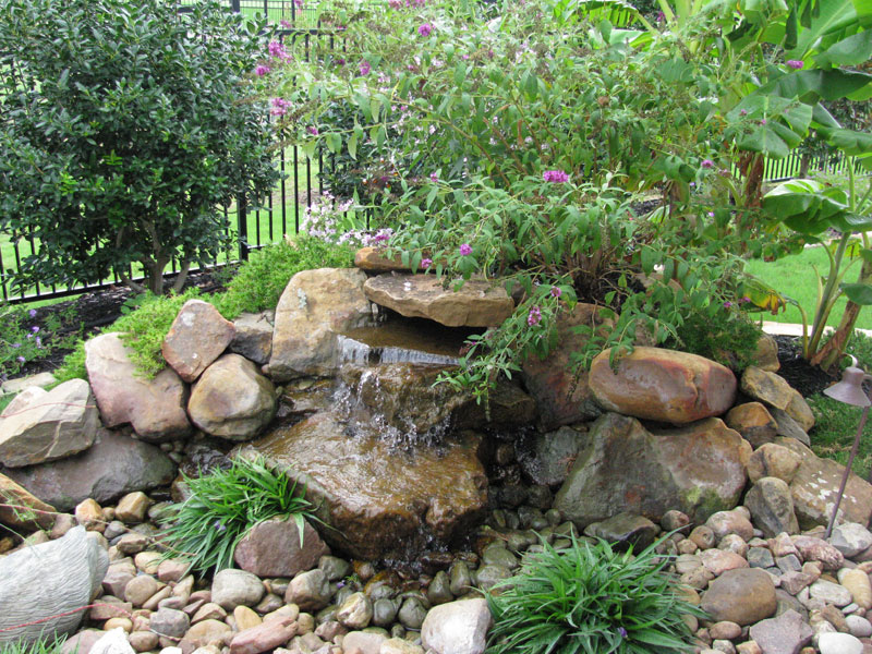 Tafel Water Feature